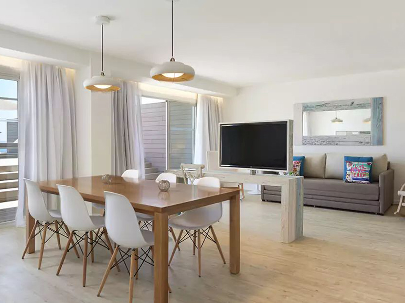 XTRA BEACH HOUSE MASTER SUITE5_1