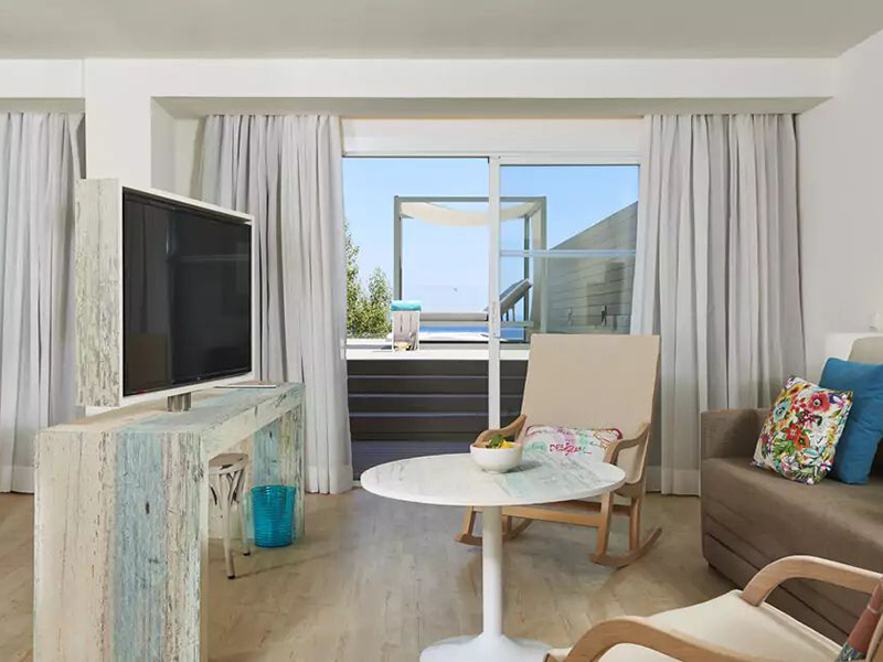 XTRA BEACH HOUSE MASTER SUITE6_1