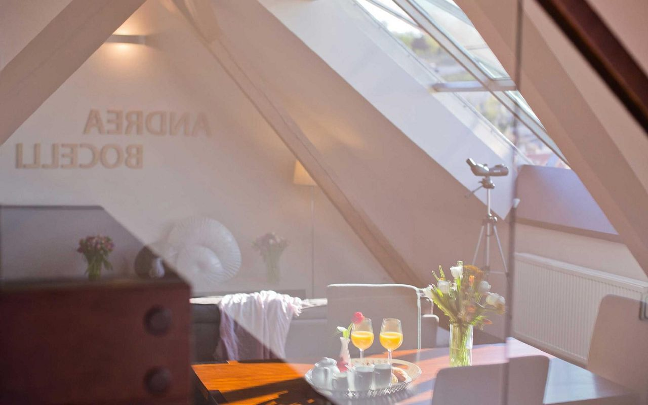 andrea-bocceli-hotel-klarov-prague-asten-hotels