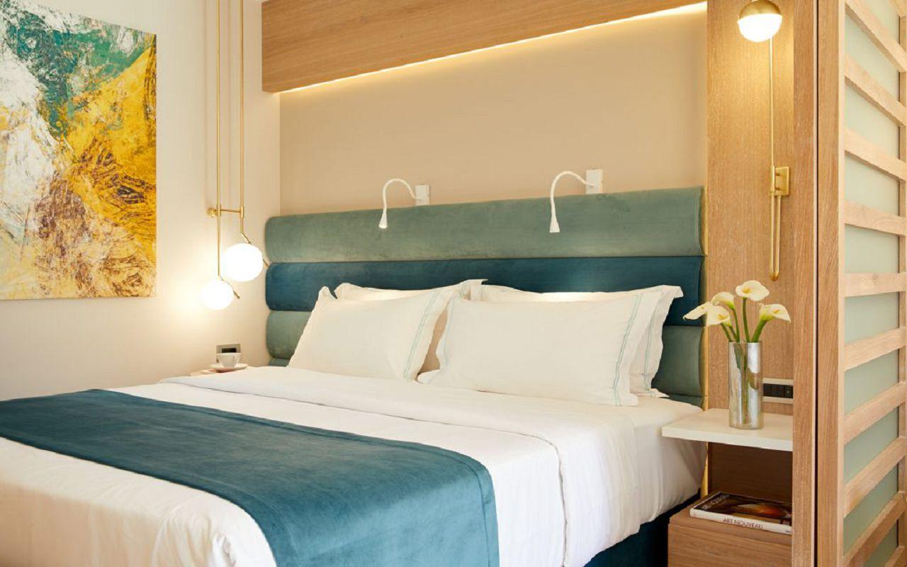 anthemus_sea-junior_suites-05-1024x683