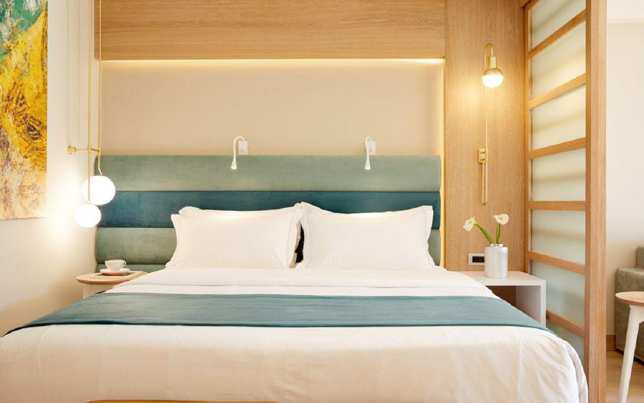 anthemus_sea-junior_suites-06-1024x683
