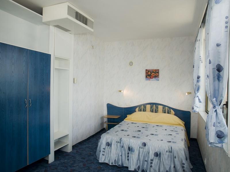 ap_bedroom1