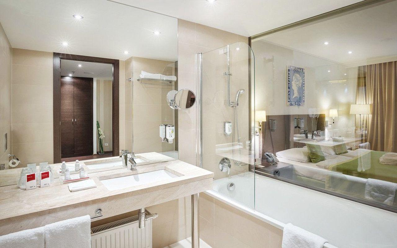 bathroom-executive-deluxe_gradweb