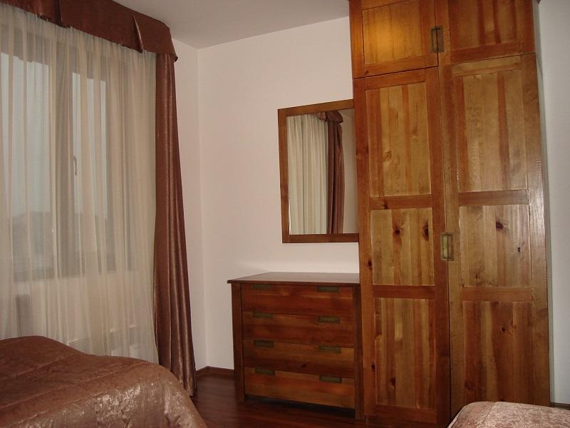 bedroom_twobedroom apt2
