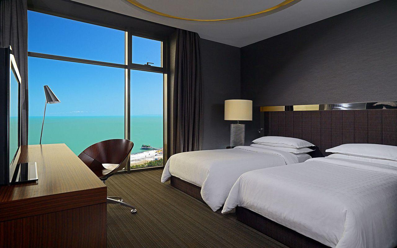 club_twin_room_1805_prev_2048x1536