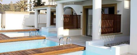 csm_SENTIDO_Ixian_All_Suites_Beachfront_Grand_Suite_Private_pool_5dd1513b1b