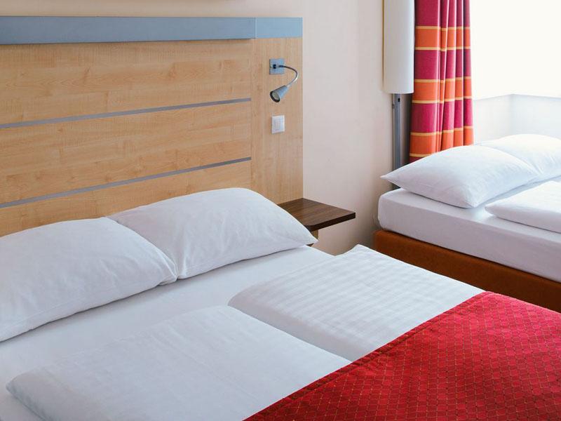 csm_chopin-bratislava-superior-room_e0a6bc042f