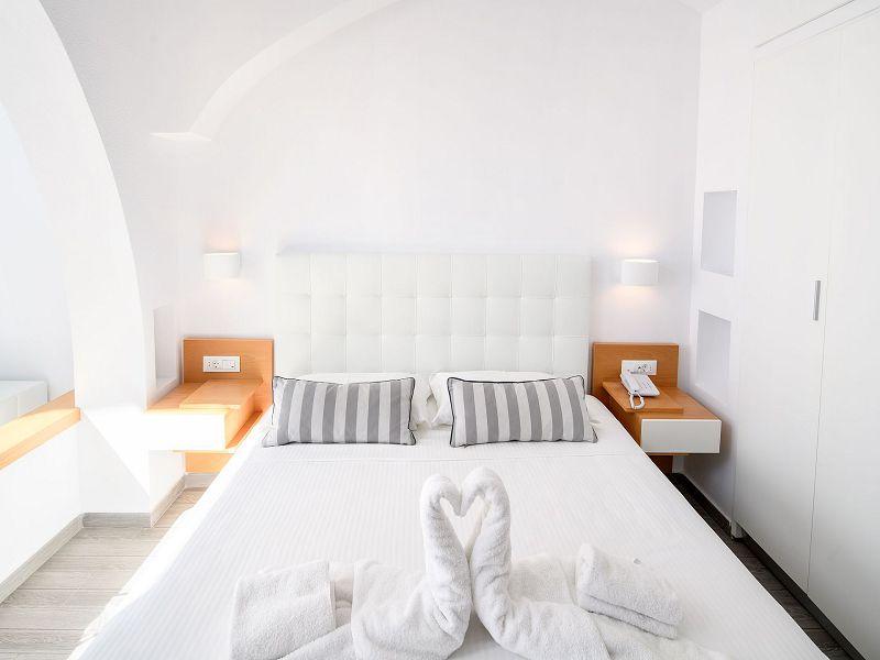 de-luxe-suite-4_resized