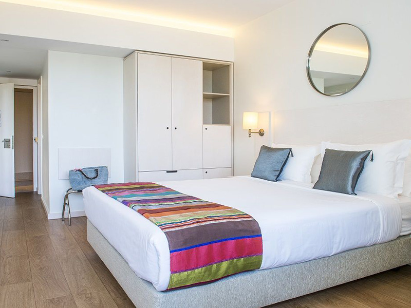double room with lounge2