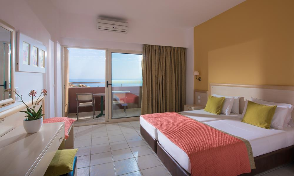 double_room_sea_view_main_building1