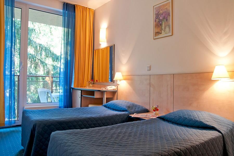 doubleroom_head_hotel_madara2