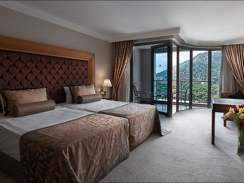 grand-king-suite-1