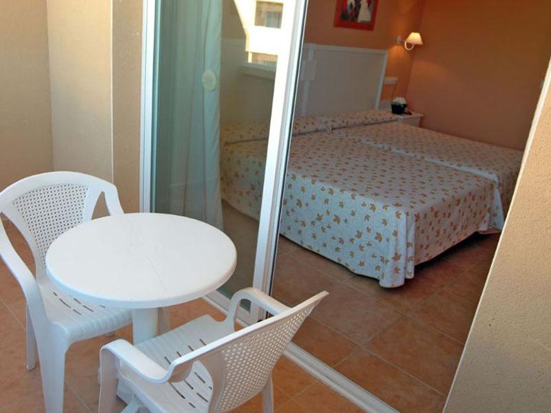 habitacion-estandar-terraza (1)