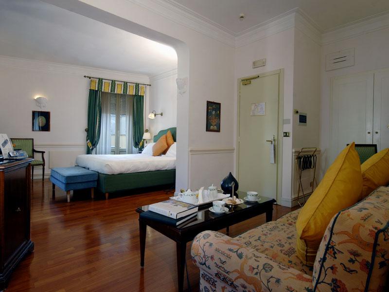 hotel-the-duke-rooms-corner-suite-a