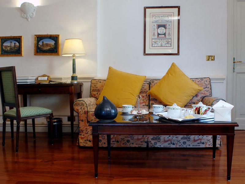 hotel-the-duke-rooms-corner-suite-b