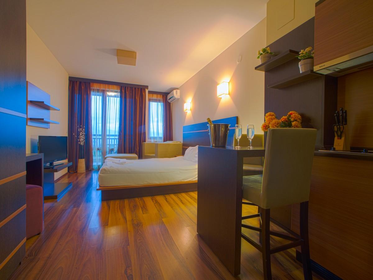 hotel_room5
