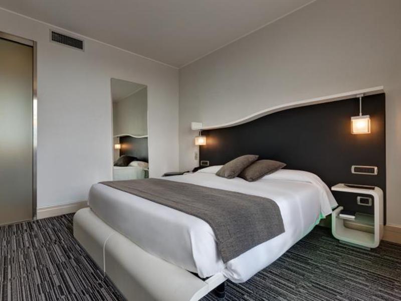 junior-suite-bw-premier-hotel-royal-santina (5)
