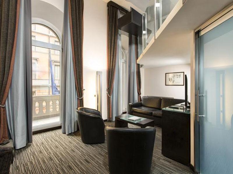junior-suite-room-hotel-universo-4-stars-rome