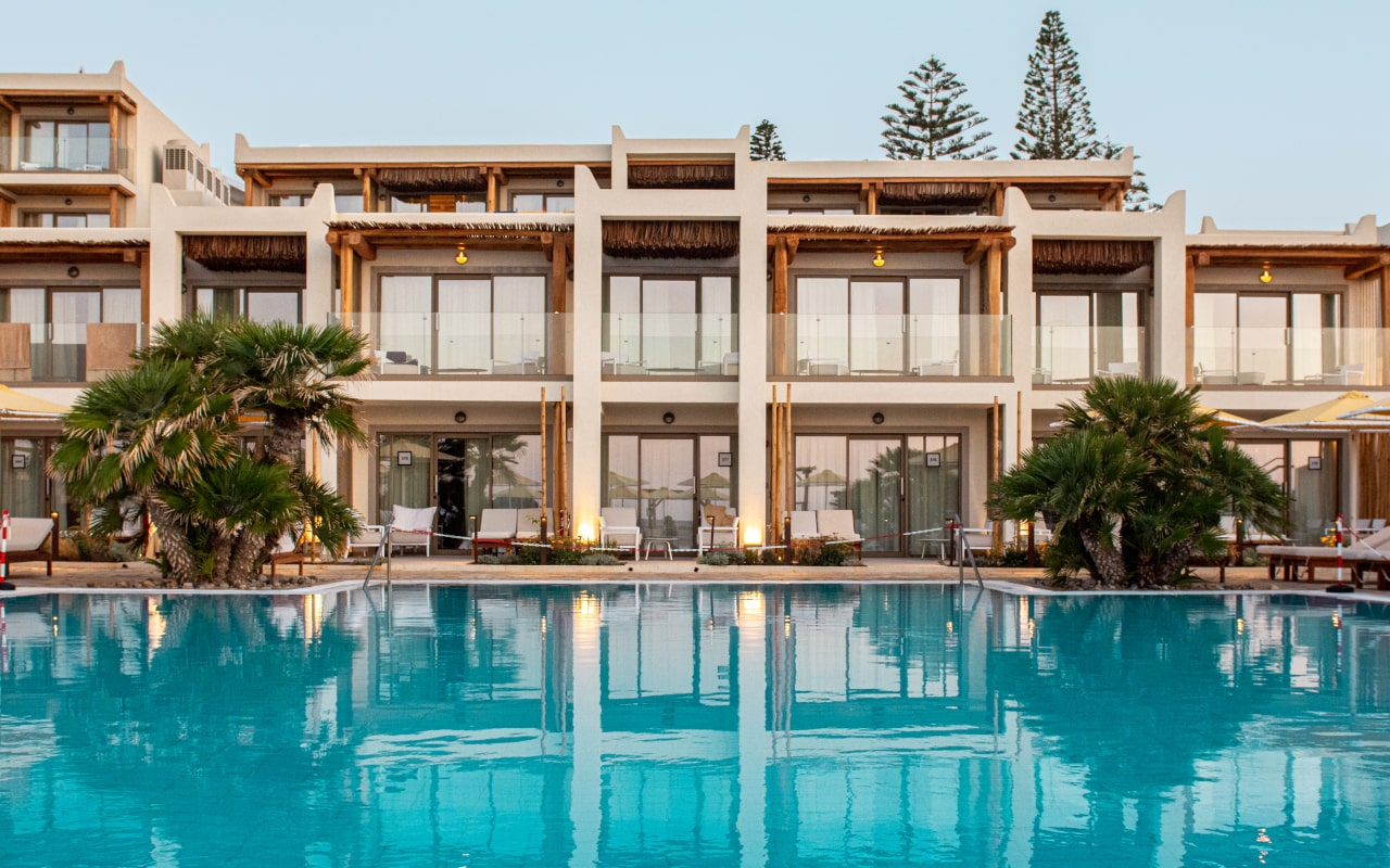 mitsis_crete_rinela_superior rooms_facades-min