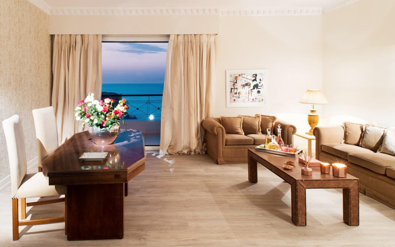 mitsis_rhodes_grandhotel_vip_suite_seaview4-min