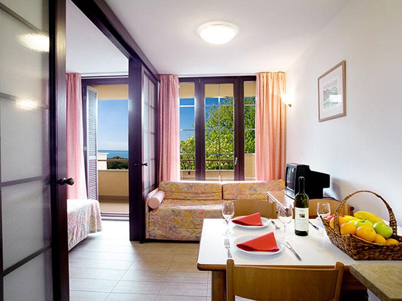 naturist-resort-solaris-standard-1-bedroom-app-3-persons-seaside