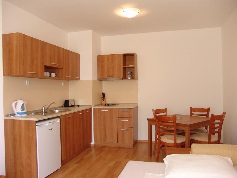 one bedroom 4