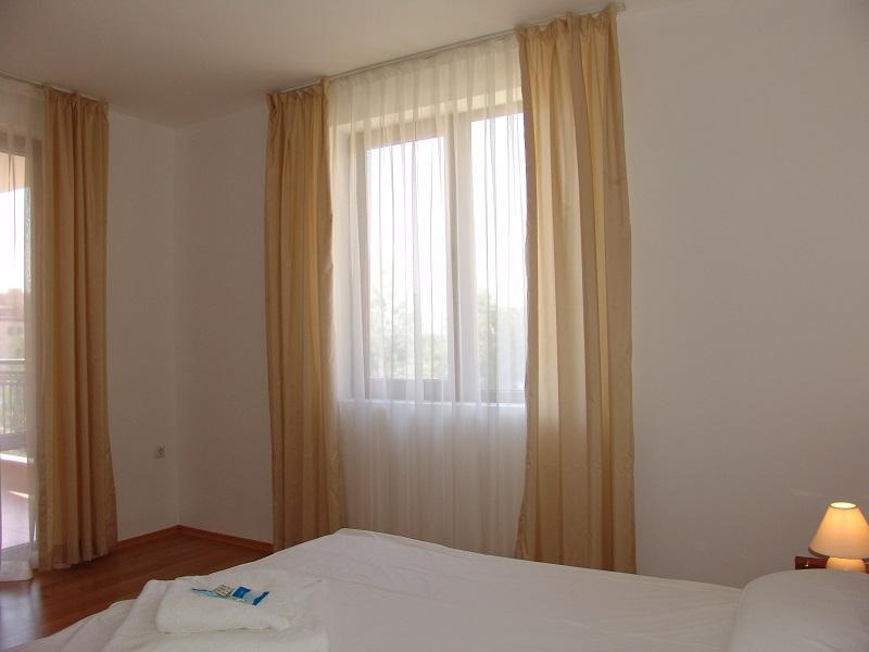 one bedroom 8
