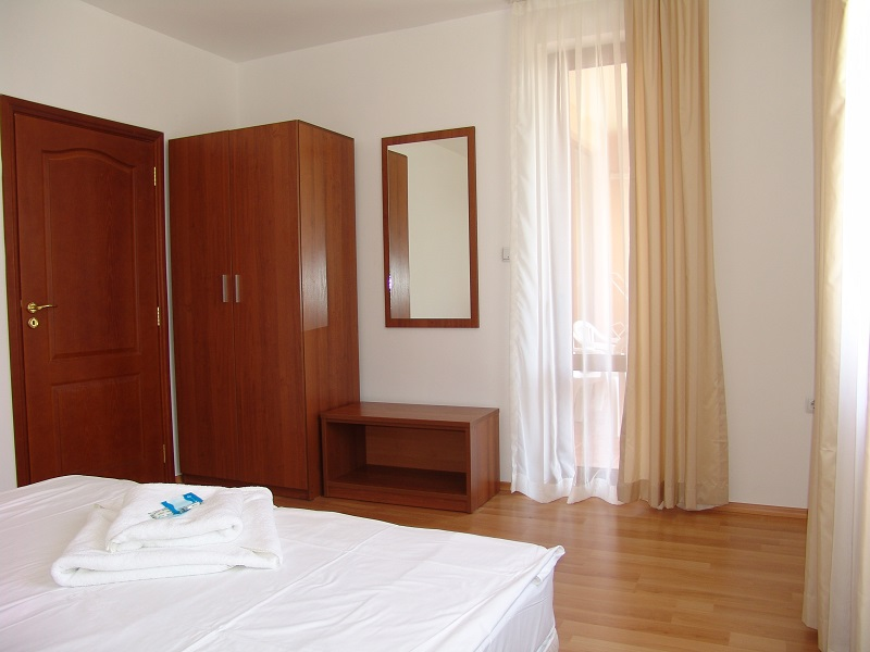 one bedroom 9