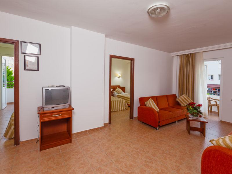 photos_Eftalia Resort_Rooms_FAM B_IMG_1018
