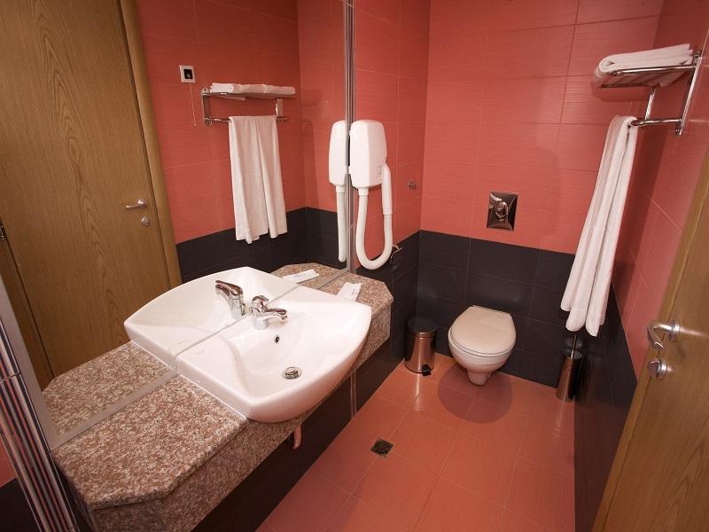 room_bathroom2