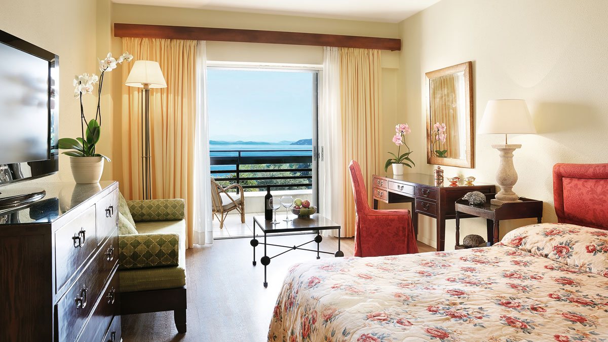 rooms_76955026_25-Lux-Me-Sky-Room-Sea-View-and-Private-Balcony_72dpi