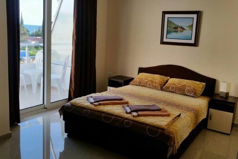 standard-room1-min