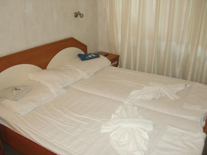 sunny beach hotel zefir 4