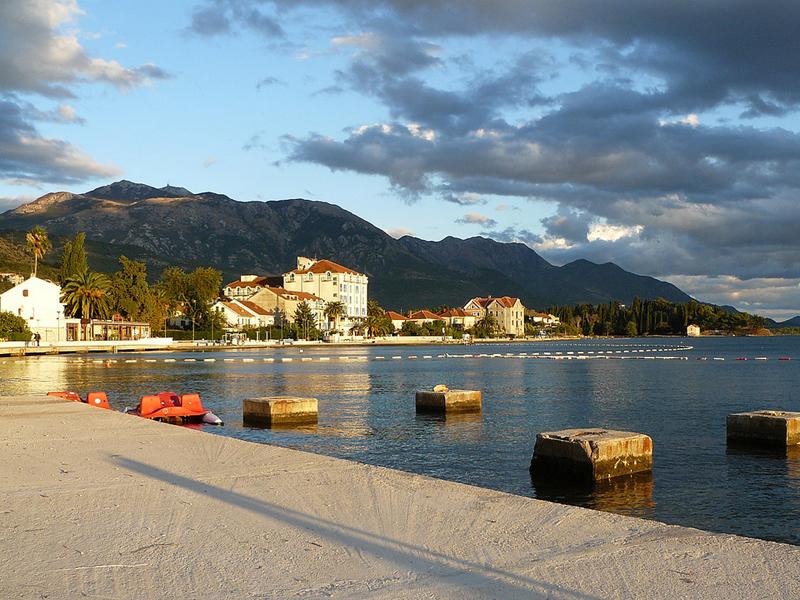 опытных картинки черногории тиват магазинам городе