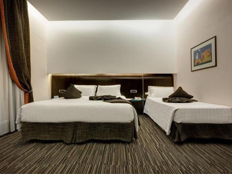 triple-room-best-western-plus-hotel-universo-roma