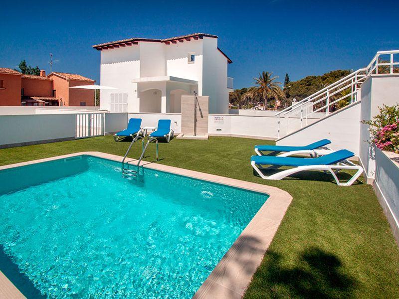 villa private pool14
