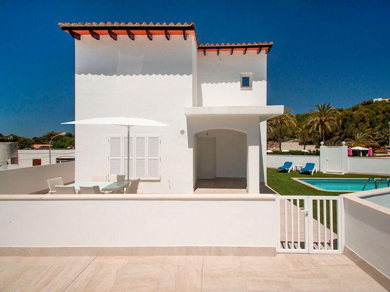 villa private pool7