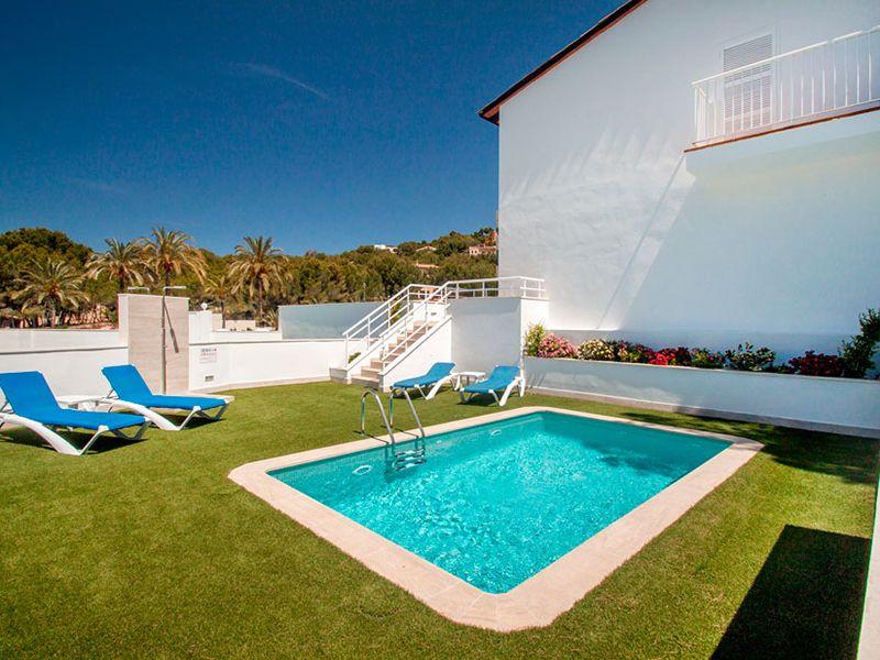 villa private pool9