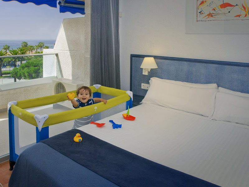vista-mar-hotel-blaumar-salou-03