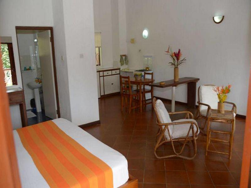 2La Residence (20)