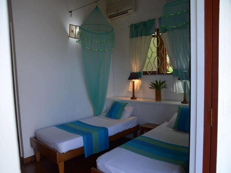 2La Residence (200)