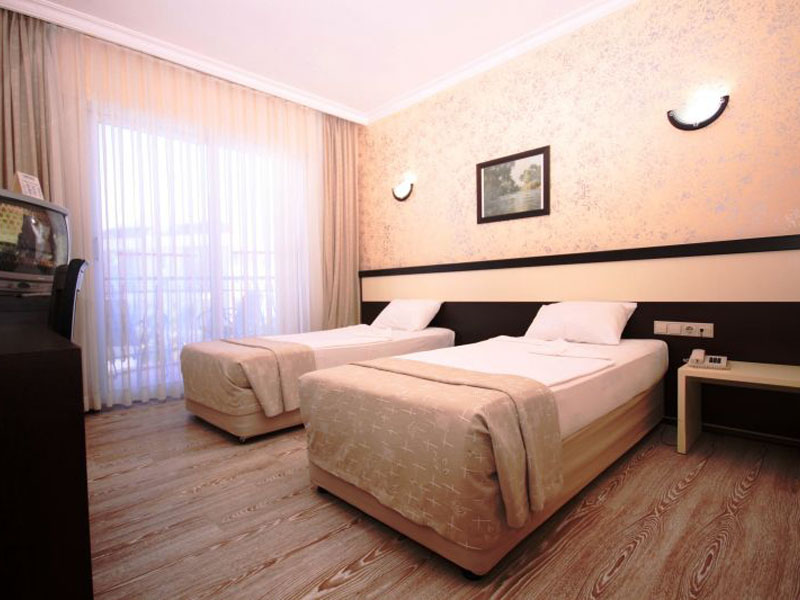 4Camyuva Beach Hotel (1)