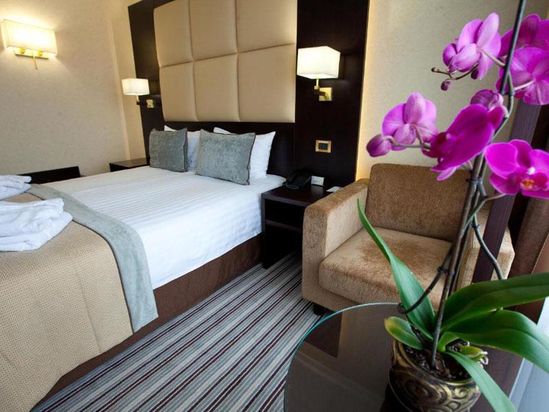 4Premier Hotel Dnister (2)