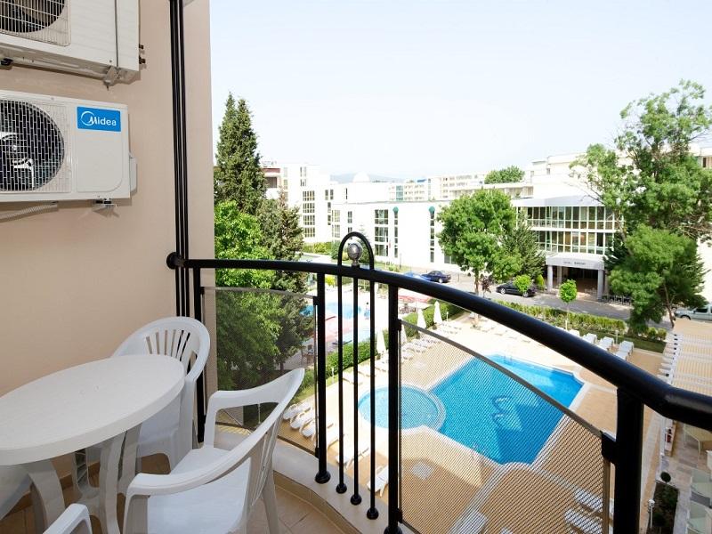 Balcony_app (Medium)
