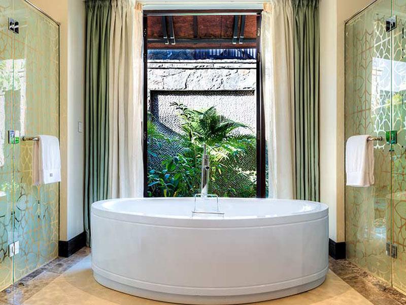 Bathroom - Beachfront Deluxe Room1