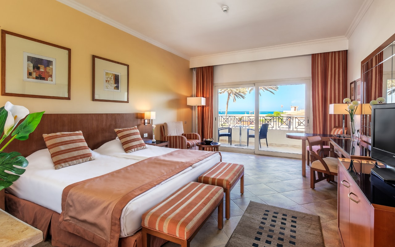 Beach Hotel - Standard Room-min