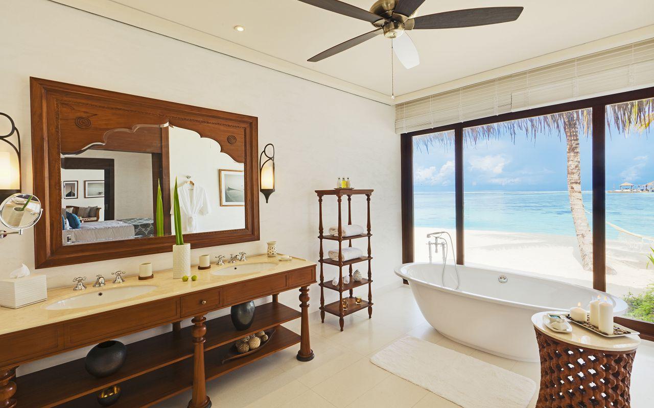 Beach Villa - Bathroom (FH1109)