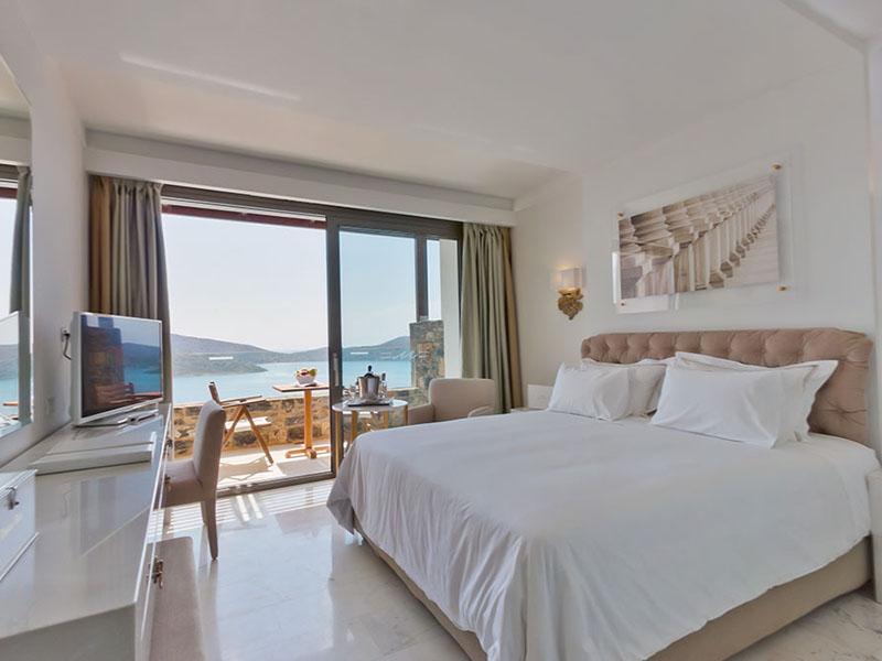 Deluxe Room Sea View4