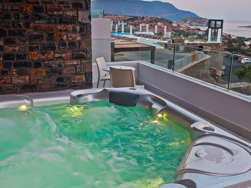 Deluxe Sea View with Jacuzzi5