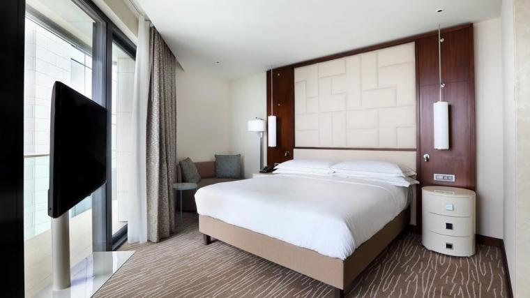 Hilton-Batumi-photos-Room-King-Executive-Corner-Room-With-Lounge-Access